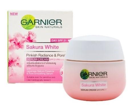 Garnier Sakura White Day SPF21 PA+++