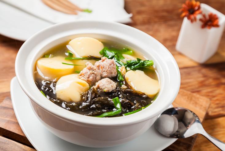 เมนูอาหารไทยแกงจืดเต้าหู้หมูสับ